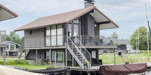 Landal Waterpark Sneekermeer   4-persoons waterwoning - comfort   type 4C   Terherne
