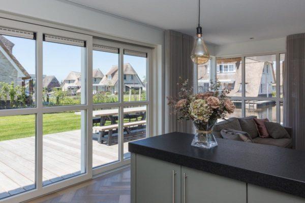 Villa FR050 - Nederland - Friesland - 8 personen - mooi uitzicht vanuit woonkamer