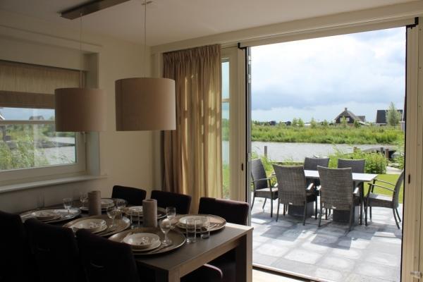 Villa OV095 - Nederland - Overijssel - 6 personen - eetkamer en terras