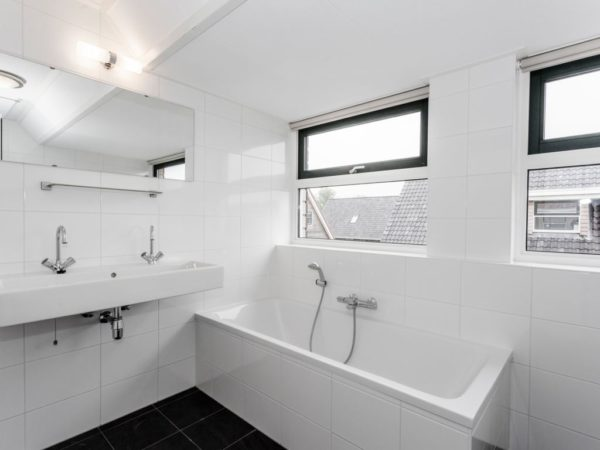 Waterwoning comfort 6L Terherne - Nederland - Friesland - 6 personen - badkamer