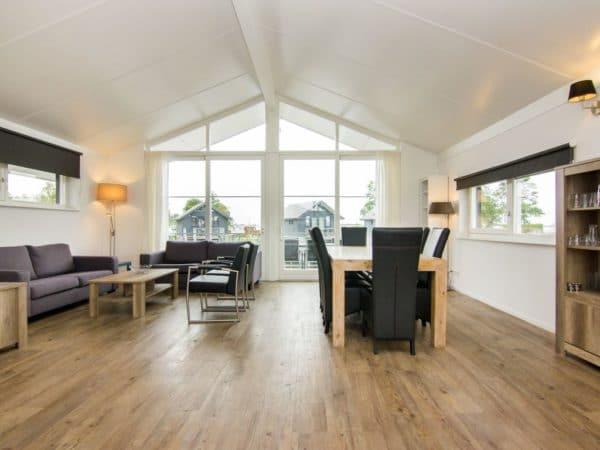 Waterwoning comfort 8C Sneekermeer - Nederland - Friesland - 8 personen - lichte woonkamer