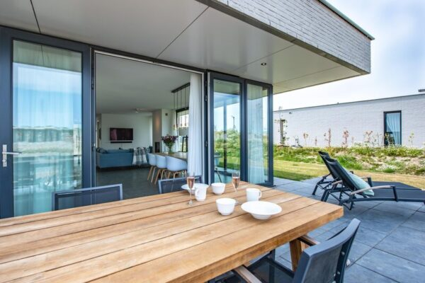 Wellnessvilla Zandbank 25 - Nederland - Zeeland - 6 personen - direct aan het water